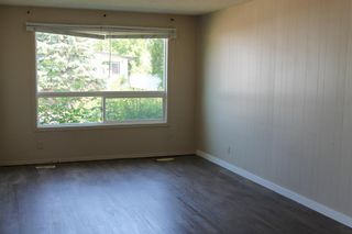Photo 3: 39 Wells Street: Red Deer Semi Detached for sale : MLS®# A1127321