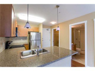 """Photo 6: 306 2373 ATKINS Avenue in Port Coquitlam: Central Pt Coquitlam Condo for sale in """"CARMANDY"""" : MLS®# V1069079"""