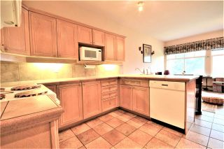 Photo 9: 25 5201 OAKMOUNT Crescent in Burnaby: Oaklands Townhouse for sale (Burnaby South)  : MLS®# R2610087