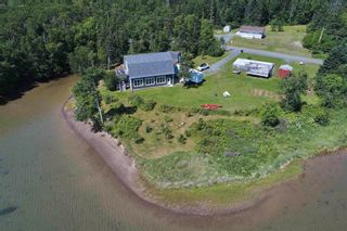 Photo 15: 696 Point Aconi Road in Point Aconi: 207-C. B. County Residential for sale (Cape Breton)  : MLS®# 202120612