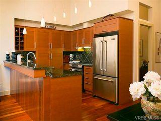Photo 9: N101 737 Humboldt St in VICTORIA: Vi Downtown Condo for sale (Victoria)  : MLS®# 745941