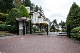 """Photo 1: 27 35537 EAGLE MOUNTAIN Drive in Abbotsford: Abbotsford East Townhouse for sale in """"Eaton Place"""" : MLS®# R2105071"""