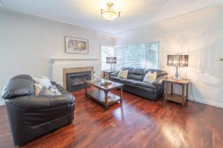 Photo 1: 607 SCHOOLHOUSE STREET in Coquitlam: Central Coquitlam House for sale : MLS®# R2390014