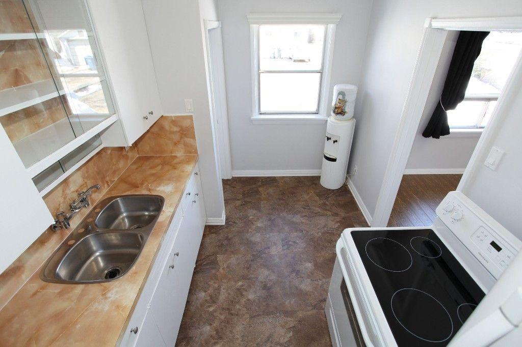 Photo 18: Photos: 963 Ashburn Street in Winnipeg: West End / Wolseley Single Family Detached for sale (West Winnipeg)  : MLS®# 1306767