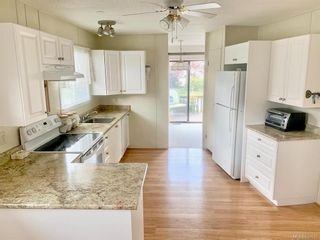 Photo 6: 9338 Trailcreek Dr in Sidney: Si Sidney South-West Manufactured Home for sale : MLS®# 839575