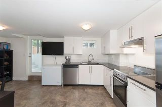Photo 10: Coquitlam: Condo for sale : MLS®# R2072990