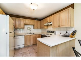 """Photo 8: 214 1187 PIPELINE Road in Coquitlam: New Horizons Condo for sale in """"PINECOURT"""" : MLS®# R2078729"""