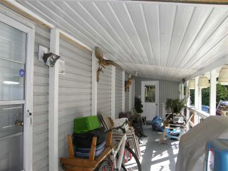Photo 9: 5 62010 FLOOD HOPE Road in Hope: Hope Center Manufactured Home for sale : MLS®# R2078381