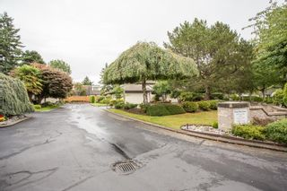 """Photo 33: 2 12941 17TH Avenue in Surrey: Crescent Bch Ocean Pk. Townhouse for sale in """"Ocean Park Grove"""" (South Surrey White Rock)  : MLS®# R2610272"""