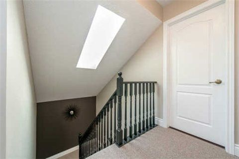 Photo 11: Photos: 53 N Lady May Drive in Whitby: Rolling Acres House (Bungaloft) for sale : MLS®# E3206710