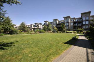 "Photo 13: 301 15385 101A Avenue in Surrey: Guildford Condo for sale in ""CHARLTON PARK"" (North Surrey)  : MLS®# R2189827"