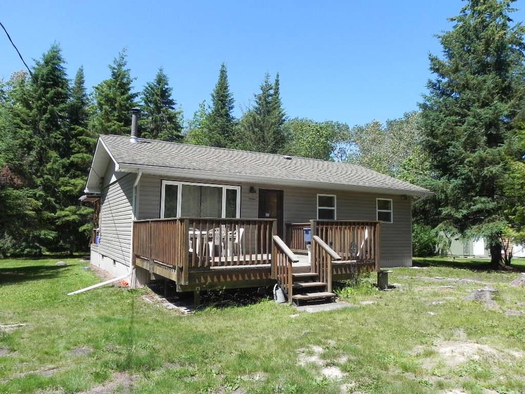 Main Photo: 97002 RD 42E Road in Gull Lake: R27 Residential for sale