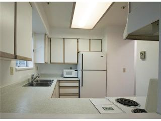 """Photo 10: 301 3308 VANNESS Avenue in Vancouver: Collingwood VE Condo for sale in """"VANNESS GARDENS"""" (Vancouver East)  : MLS®# V1087478"""