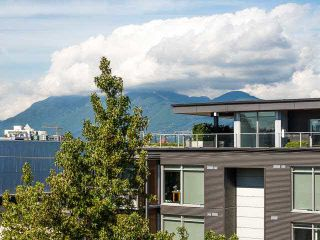 """Photo 1: 317 237 E 4TH Avenue in Vancouver: Mount Pleasant VE Condo for sale in """"ARTWORKS"""" (Vancouver East)  : MLS®# V1143418"""