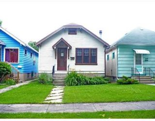 Photo 1: 631 GREENWOOD: Residential for sale (West End)  : MLS®# 2914408