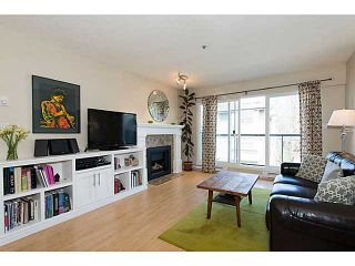 """Photo 3: 306 833 W 16TH Avenue in Vancouver: Fairview VW Condo for sale in """"The Emerald"""" (Vancouver West)  : MLS®# V1063181"""