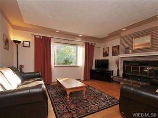 Photo 3: 820 Elrick Pl in VICTORIA: Es Rockheights House for sale (Esquimalt)  : MLS®# 688283