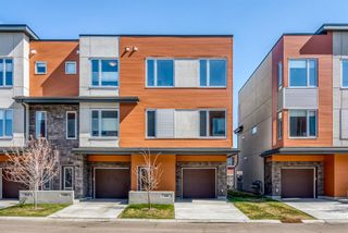 Photo 1: 146 Shawnee Common SW in Calgary: Shawnee Slopes Row/Townhouse for sale : MLS®# A1099355