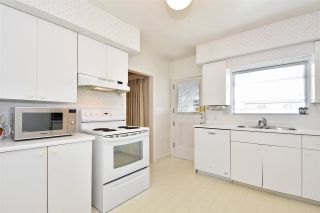 Photo 7: 1658 W 58TH Avenue in Vancouver: South Granville House for sale (Vancouver West)  : MLS®# R2262865