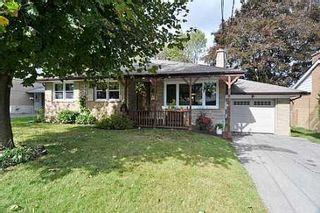 Photo 1: 18 Strathroy Crest in Markham: House (Bungalow) for sale (N11: LOCUST HIL)  : MLS®# N1720881