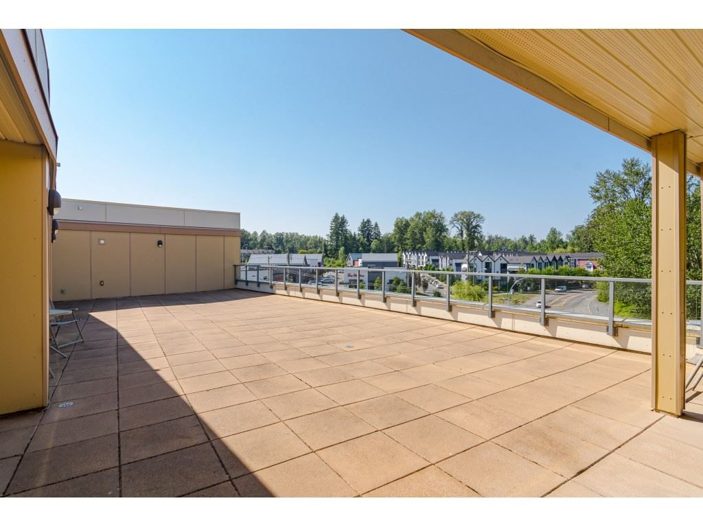 """Photo 23: Photos: 315 19228 64 Avenue in Surrey: Clayton Condo for sale in """"FOCAL POINT"""" (Cloverdale)  : MLS®# R2481765"""