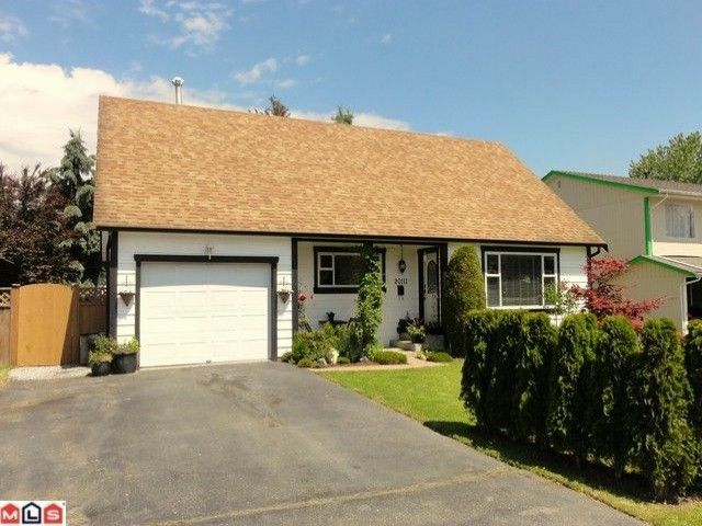 Main Photo: 20111 53RD Avenue in Langley: Langley City House for sale : MLS®# F1120187