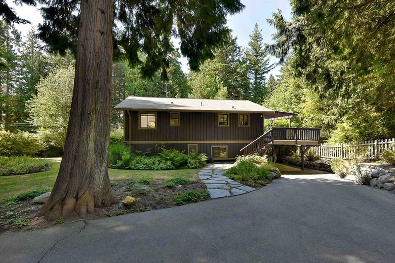 FEATURED LISTING: 2508 LOWER Road Roberts Creek