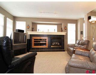 "Photo 3: 20842 97B Avenue in Langley: Walnut Grove House for sale in ""WYNDSTAR"" : MLS®# F2813054"