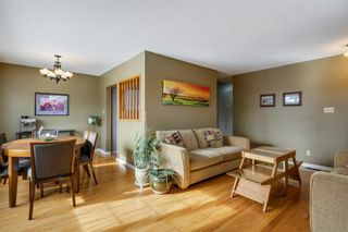 Photo 3: 624 Seattle Drive SW in Calgary: Southwood Detached for sale : MLS®# A1077416