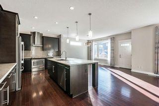Photo 5: 105 Silverado Bank Circle SW in Calgary: Silverado Detached for sale : MLS®# A1153403