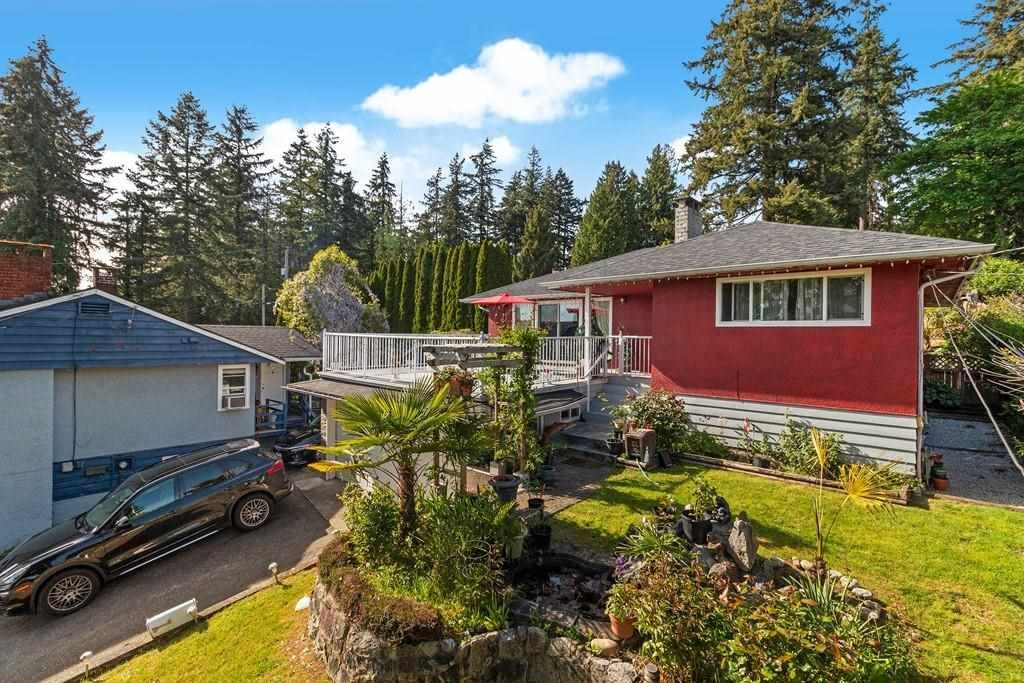 Main Photo: 8655 GILLEY Avenue in Burnaby: South Slope House for sale (Burnaby South)  : MLS®# R2579039