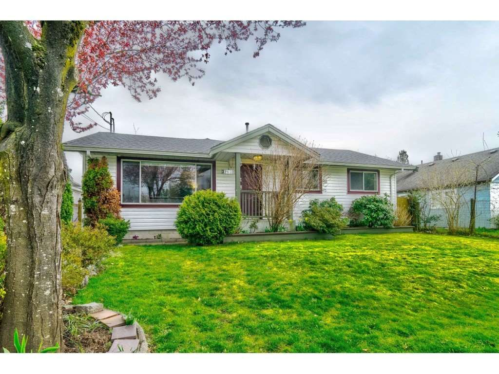 """Main Photo: 33610 8TH Avenue in Mission: Mission BC House for sale in """"Heritage Park"""" : MLS®# R2564963"""