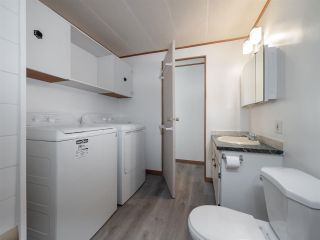 """Photo 12: 7 12248 SUNSHINE COAST Highway in Madeira Park: Pender Harbour Egmont Manufactured Home for sale in """"SEVEN ISLES"""" (Sunshine Coast)  : MLS®# R2604086"""