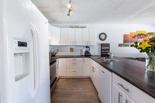 Photo 4: 10418 28A Avenue in Edmonton: Zone 16 Townhouse for sale : MLS®# E4239227