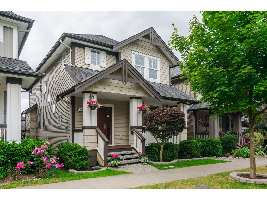 "Main Photo: 19074 69A Avenue in Surrey: Clayton House for sale in ""CLAYTON"" (Cloverdale)  : MLS®# R2187563"