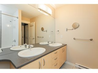 """Photo 11: 403 20750 DUNCAN Way in Langley: Langley City Condo for sale in """"Fairfield Lane"""" : MLS®# R2428188"""