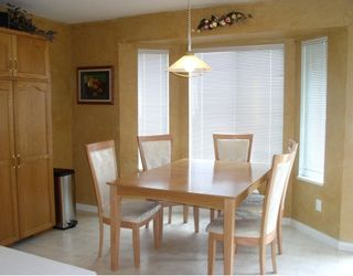 Photo 3: 23690 TAMARACK Lane in Maple_Ridge: Albion House for sale (Maple Ridge)  : MLS®# V772638