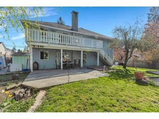 """Photo 32: 18063 60 Avenue in Surrey: Cloverdale BC House for sale in """"Cloverdale"""" (Cloverdale)  : MLS®# R2575955"""
