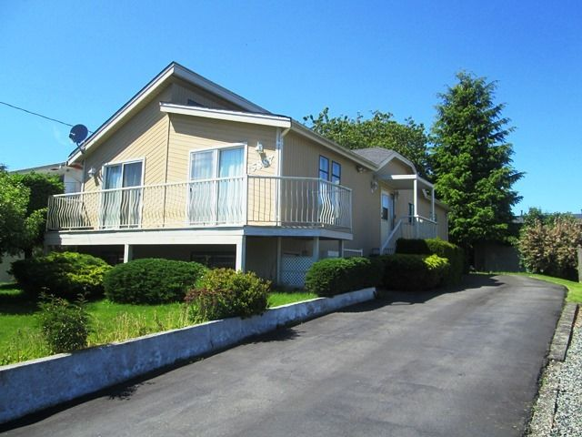 Main Photo: 15887 BUENA VISTA Ave in South Surrey White Rock: Home for sale : MLS®# F1313219