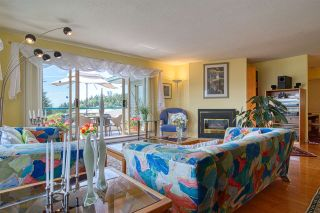 """Photo 13: 8 554 EAGLECREST Drive in Gibsons: Gibsons & Area Townhouse for sale in """"Georgia Mirage"""" (Sunshine Coast)  : MLS®# R2474537"""