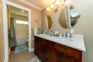 Photo 29: 2571 NEWMARKET Drive in North Vancouver: Edgemont House for sale : MLS®# R2460587