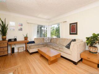 Photo 3: 2551 Foul Bay Rd in VICTORIA: OB Henderson House for sale (Oak Bay)  : MLS®# 817904