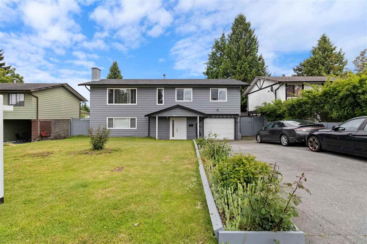 Main Photo: 9654 SALAL Place in Surrey: Whalley House for sale (North Surrey)  : MLS®# R2585079