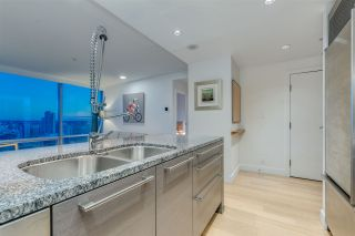 """Photo 16: 3307 1111 ALBERNI Street in Vancouver: West End VW Condo for sale in """"SHANGRI-LA"""" (Vancouver West)  : MLS®# R2558444"""