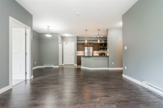 "Photo 10: 302 33898 PINE Street in Abbotsford: Central Abbotsford Condo for sale in ""Gallantree"" : MLS®# R2381999"