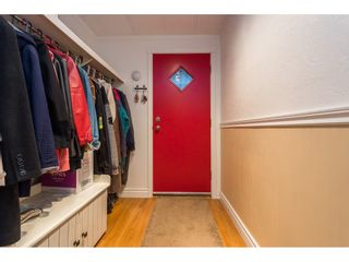 """Photo 6: 280 1840 160 Street in Surrey: King George Corridor Manufactured Home for sale in """"BREAKAWAY BAYS"""" (South Surrey White Rock)  : MLS®# R2517093"""