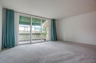Photo 4: LA JOLLA Condo for sale : 1 bedrooms : 6455 La Jolla Blvd #354