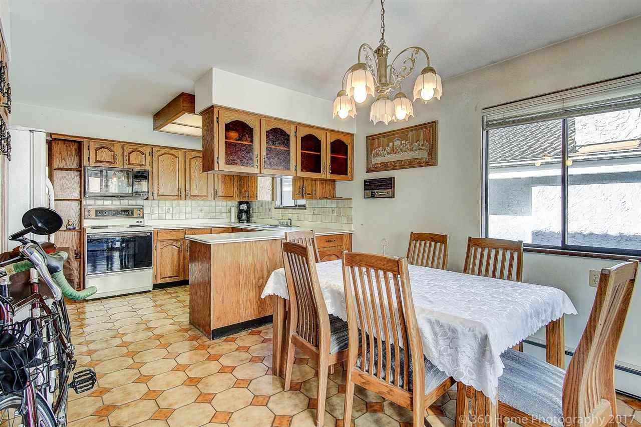 Photo 5: Photos: 5351 FRANCES Street in Burnaby: Capitol Hill BN 1/2 Duplex for sale (Burnaby North)  : MLS®# R2137960