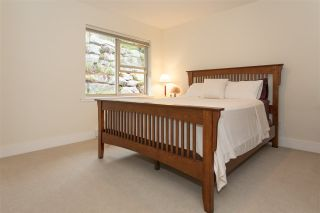 """Photo 14: 6 1024 GLACIER VIEW Drive in Squamish: Garibaldi Highlands Townhouse for sale in """"Seasonsview"""" : MLS®# R2174496"""