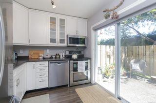 Photo 8: 17 3947 Cedar Hill Cross Rd in Saanich: SE Cedar Hill Row/Townhouse for sale (Saanich East)  : MLS®# 877433